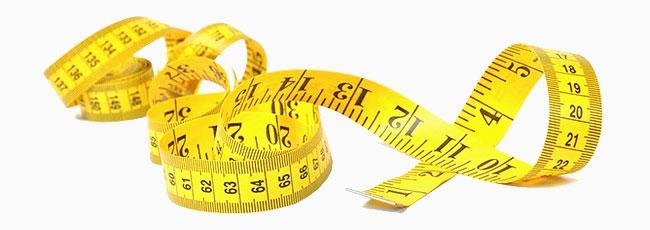 Använd måttband för att mäta dig. Försäkra dig om att du mäter i centimeter.
