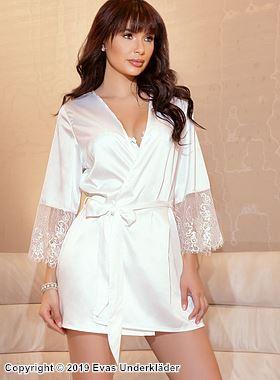 Romantisk morgonrock med eleganta spetsdetaljer