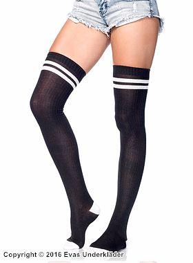 Ribbade, långa strumpor med sportig look