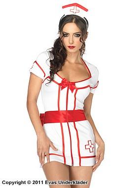 Attraktiv sjuksköterska