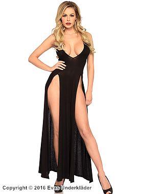 Lång klänning med höga slitsar