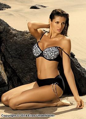 Stilren bikini med mönstrad topp