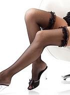Finmaskiga stocking med volangkant